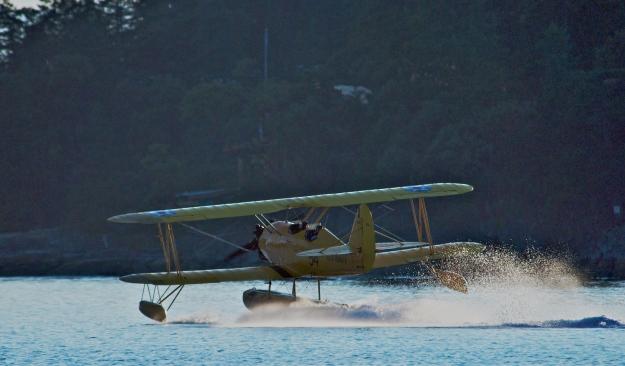 4402 Hi Res Dusk Landing