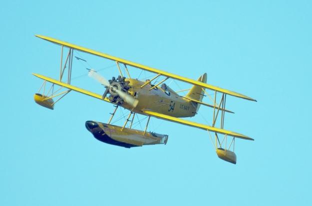 4402 Hi Res Flight Oncoming